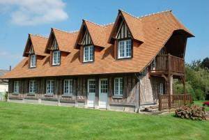 Construction d'une maison en pan de bois chêne